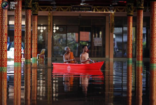 bouddhiste sauvé des eaux